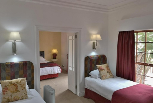 Family 2 Bedroom Suite Room2