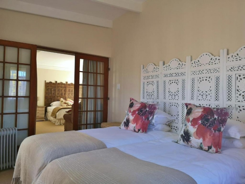 Luxury Self -Catering Cottage - The Barn House Bedroom1