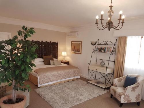 Mountain View Suite Bedroom